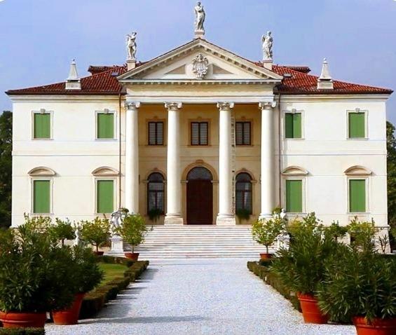 Esterno Il Complesso Di Villa Cordellina Lombardi Provincia Di